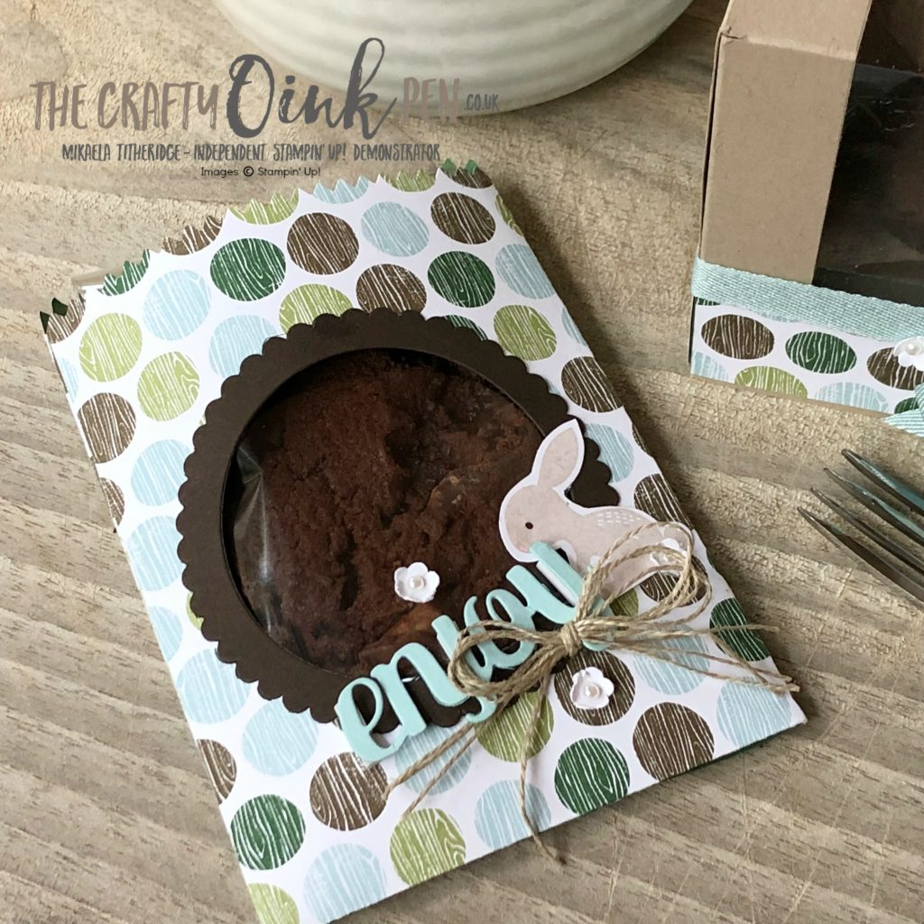 Mini Treat Bag Thinlit and Coffee Break Designer Series Paper, meets the Sara Douglas adapted cupcake box by Mikaela Titheridge, #6UK Independent Stampin' Up! Demonstrator, The Crafty oINK Pen. Supplies available through my online store 24/7