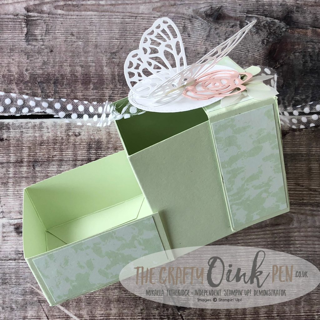 Abstract Impressions Gift Box by Mikaela Titheridge, #6UK Independent Stampin' Up! Demonstrator, The Crafty oINK Pen. Supplies available through my online store 24/7
