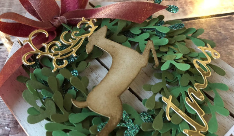 Detailed Deer mini Sprig Wreath Hanging