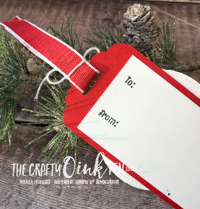 Signs of Santa at Santas Workshop. Christmas Money wallet and Gift Tag by Mikaela Titheridge, Independent Stampin' Up! Demonstrator, The Crafty oINK Pen. Shop online 24/7 www.thecraftyoinkpen.co.uk/shop