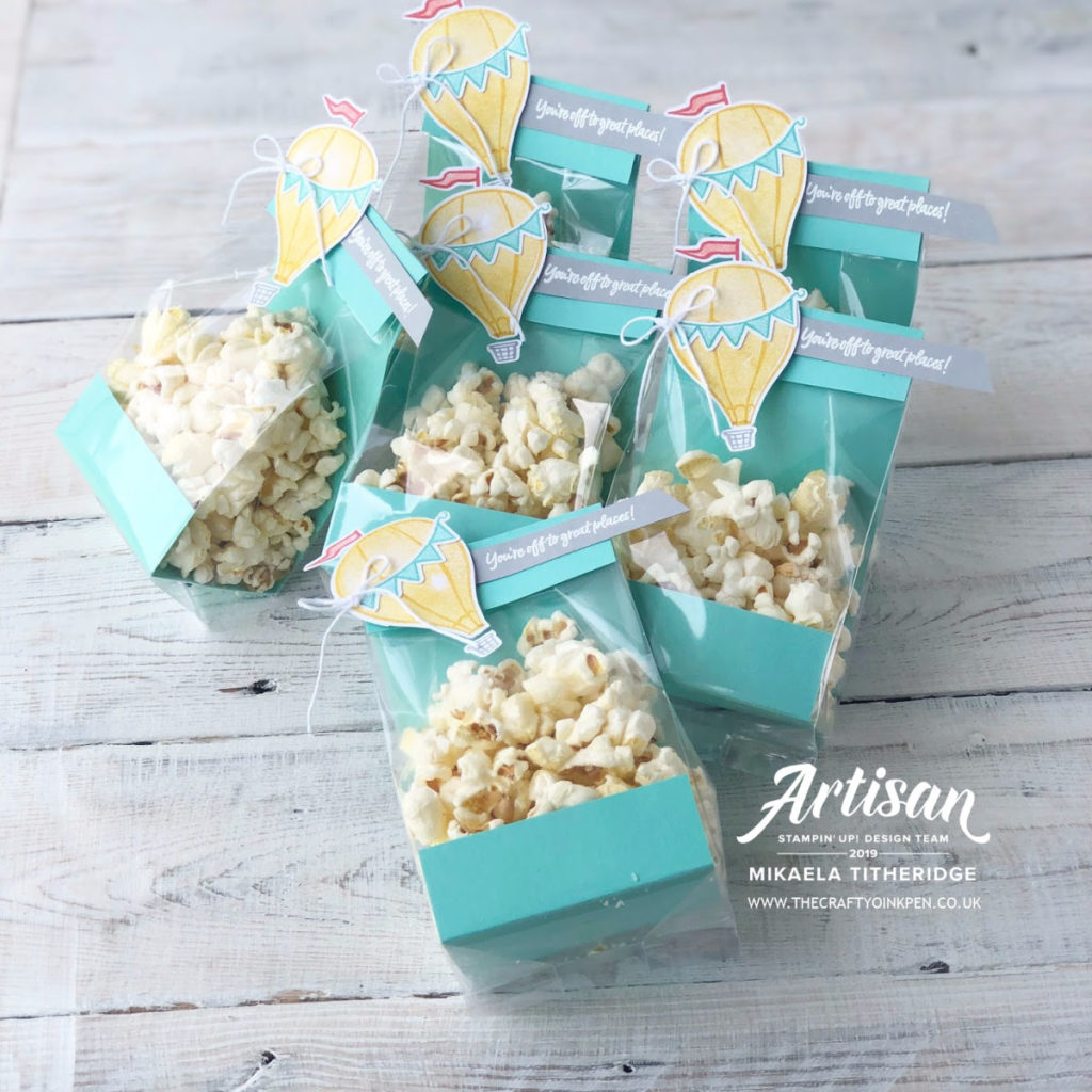 Above the Clouds 3D Treat Holder using gusseted treat bags by Artisan Design Team Member 2019, Mikaela Titheridge, UK Independent Stampin' Up! Demonstrator, The Crafty oINK Pen. Supplies available through my online store 24/7
