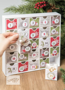 Christmas Countdown Advent Calendar class by Artisan Design Team Member 2019, Mikaela Titheridge, UK Independent Stampin' Up! Demonstrator, The Crafty oINK Pen. Supplies available through my online store 24/7