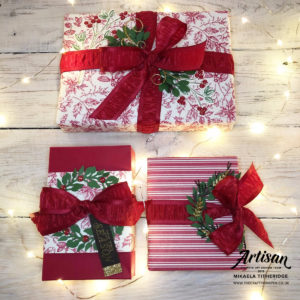 Toile Tidings Gift Wrapping and All-Around Wreath Dies by Artisan Design Team Member 2019, Mikaela Titheridge, UK Independent Stampin' Up! Demonstrator, The Crafty oINK Pen. Supplies available through my online store 24/7